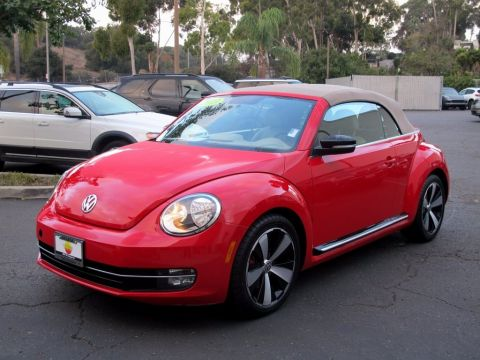 Pre-Owned 2013 Volkswagen Beetle Convertible  FWD Convertible