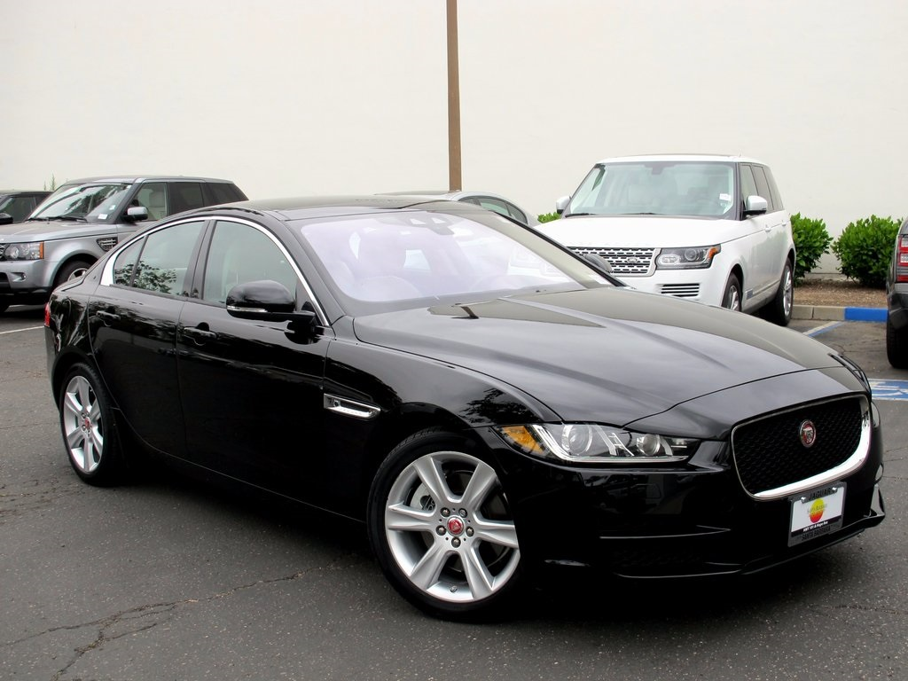 certified pre owned 2017 jaguar xe 25t premium 4d sedan in. Black Bedroom Furniture Sets. Home Design Ideas